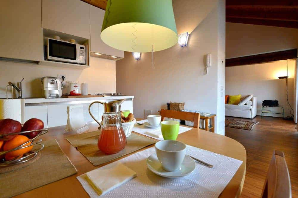 breakfast-navigli-heart-milan-apartments